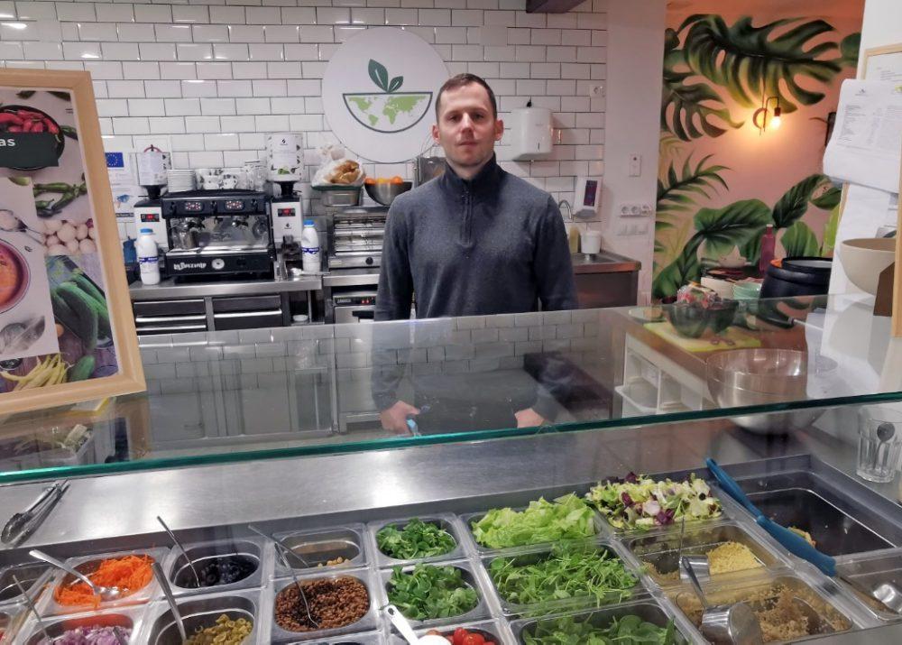 Salad Planet - Lila Marketing